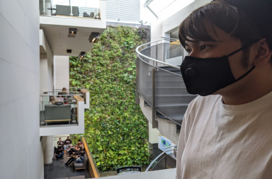 Student wears mask